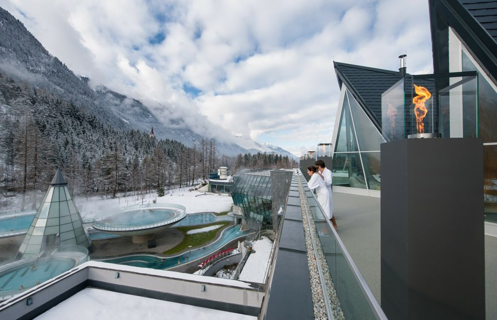 Aqua Dome: per San Valentino 6 proposte benessere