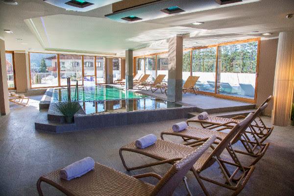 Blu hotel spa a folgaria propone la vacanza attiva cinziadalbrolo - Folgaria hotel con piscina ...