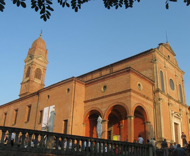 Vespa Tour con picnic sui colli a Bologna: dettagli dell'evento