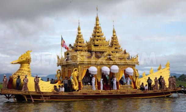 In Myanmar per il Festival della luna piena