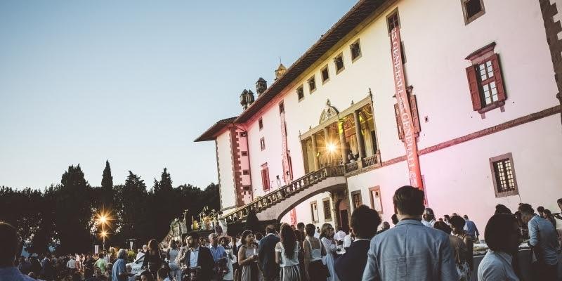 Tenuta di Artimino festeggia l'estate con il party Bollicine
